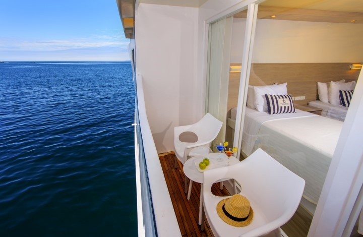 Treasure_of_Galapagos-2017-private_balcony-2.jpg